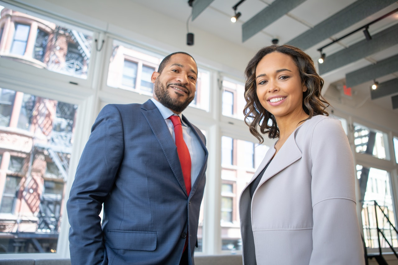 The Right Way to Start a Business With Your Spouse